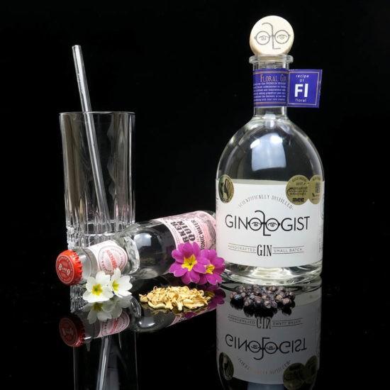 ginvasion-ginologist-floral-gin-blog-deutsch-titelbild-550x550